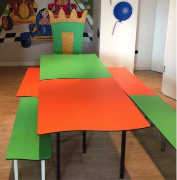 Trône + Bancs + Tables